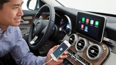 """Yeni Nesil Otomobil Bilgi-Eğlence Sistemi """"Apple CarPlay"""""""