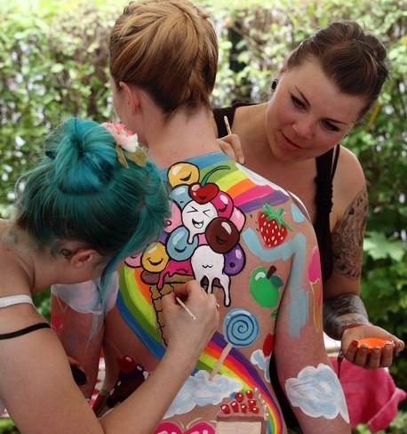 vücut-boyama-sanatı-trendseyler (6)